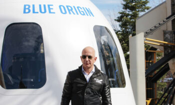 Những thú vui mạo hiểm của tỉ phú Jeff Bezos | Công nghệ